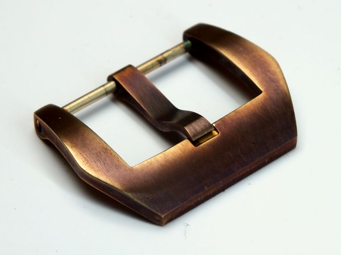 22mm PRE-V-buckle bronze satined aged