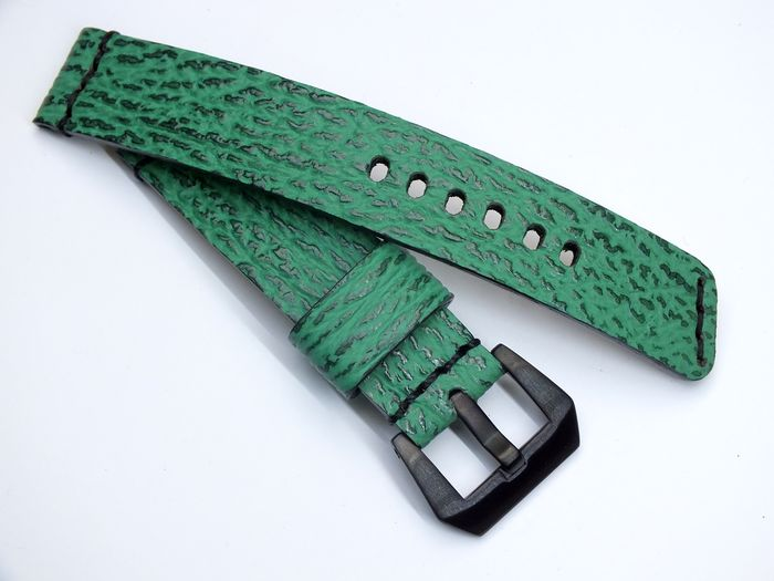 "20035 - 20mm watchstrap ""shark green"""