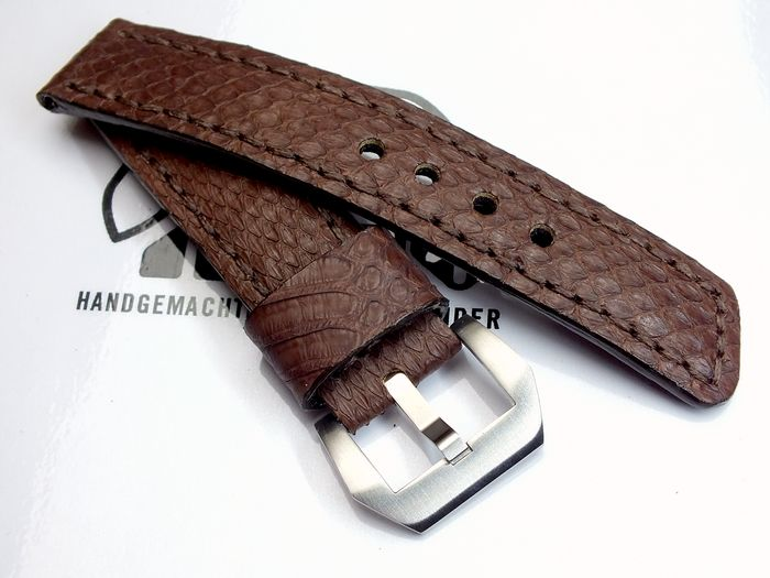 "22024 - 22mm Strap ""Snake brown"""