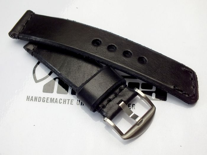 "24031 - 24mm Strap ""Calf black"""