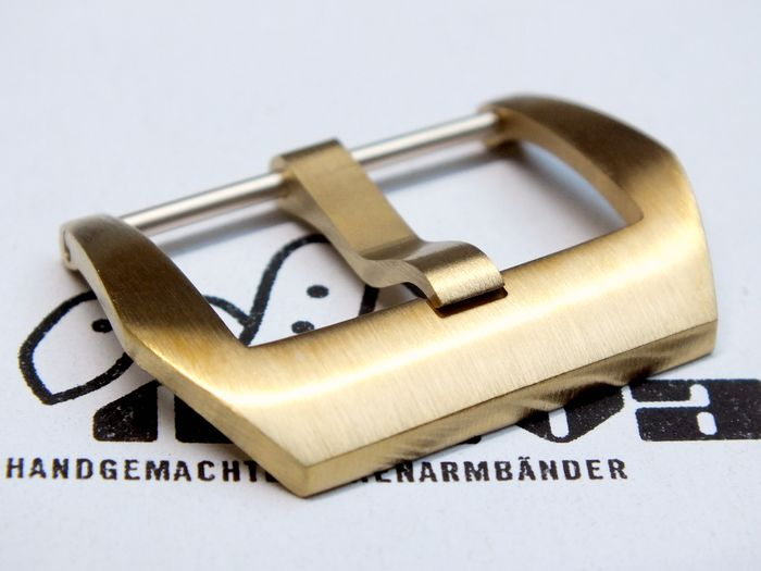 22mm PRE-V-buckle bronze satined