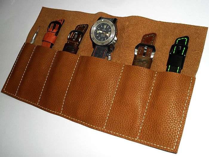10004 - 6 Pockets-Watch and Strap Holder